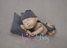 Dark Grey Winkie Hat & Cushion Set